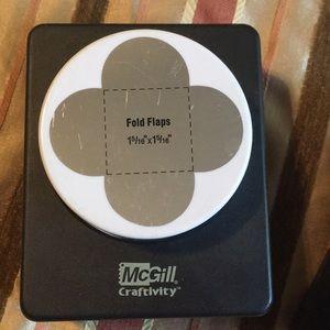 McGill Craftivity hole punch